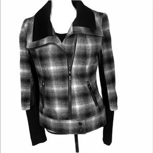 KENSIE blk/gray plaid + faux leather motto jacket